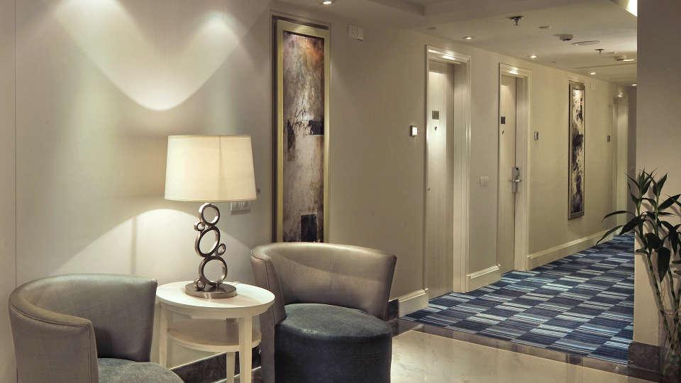 Sarovar Portico in Delhi,hotel in Delhi near AIIMS,  4