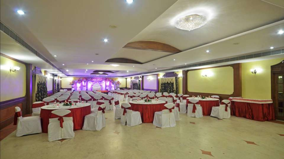 Hotel Paraag, Rajbhavan Road, Bangalore Bengaluru Marigold Hall Hotel Paraag Rajbhavan Road Bangalore