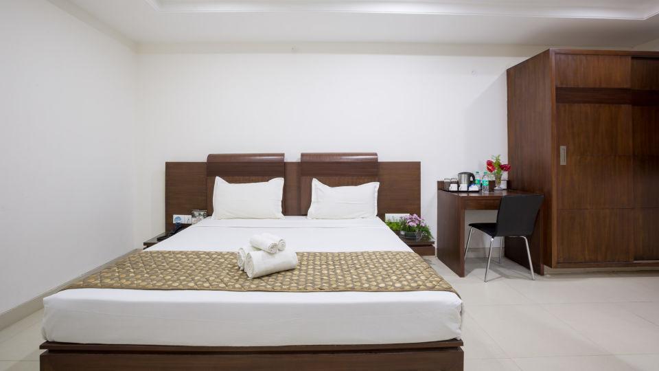 The Sanctum Suites, Bangalore Bangalore Standard King Room 1 The Sanctum Suites Bangalore