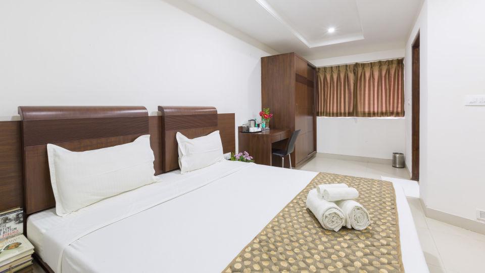 The Sanctum Suites, Bangalore Bangalore Standard King Room 2 The Sanctum Suites Bangalore