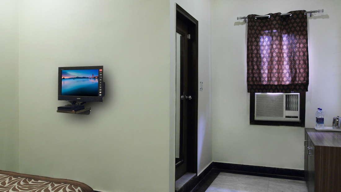 Hotel Hari Piorko - Paharganj, New Delhi New Delhi Semi Deluxe Hari Piorko Paharganj New Delhi 2