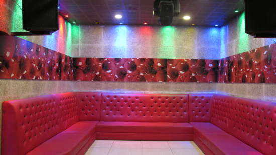discotheque TGI Apple Inn Jaipur 3