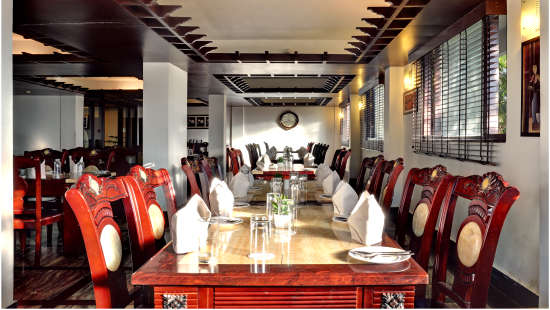 Yoksum Restaurant Summit Golden Crescent Resort and Spa