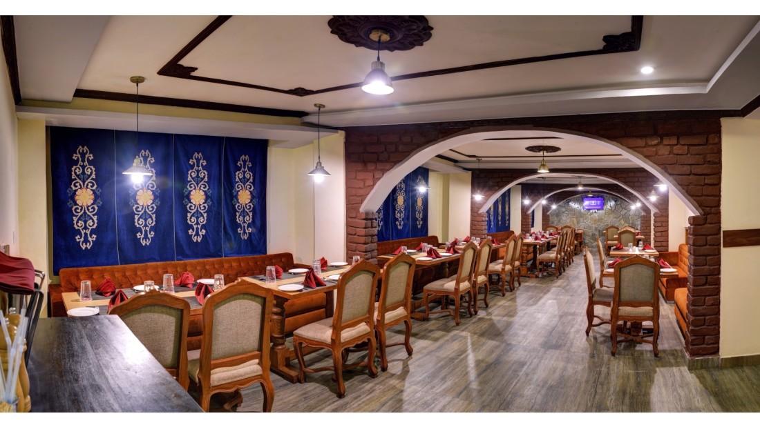 restrurant Summit Hermon Darjeeling Hotels