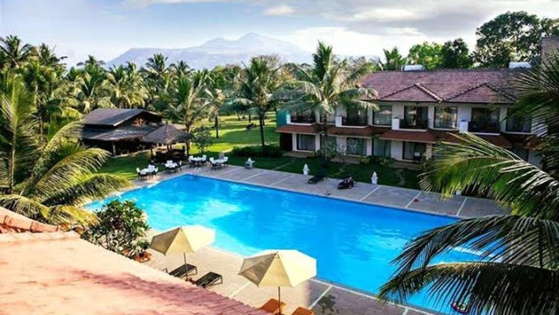 Swiming Pool, Luxury Resort in Alibaug, Rooms in Alibaug, Suites in Alibaug, Villas in Alibaug