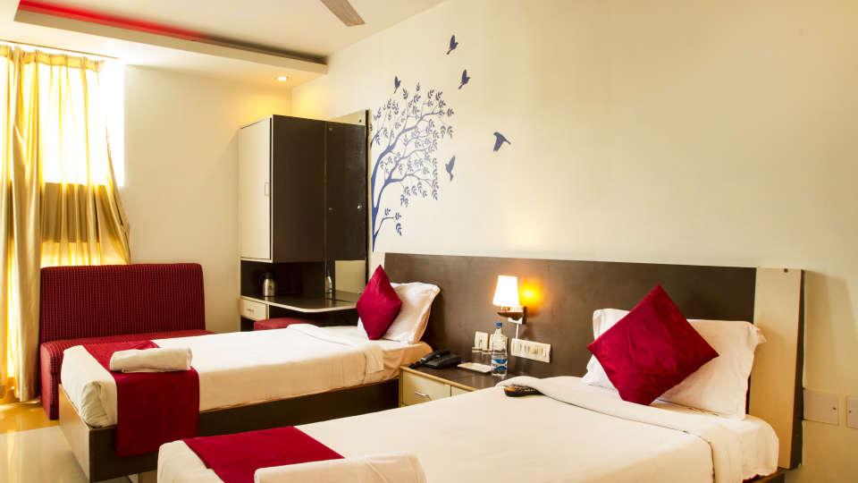 Hotel New Sreekrishna Residency, Hyderabad Hyderabad Twin Bed Room Hotel New Sreekrishna Residency Hyderabad