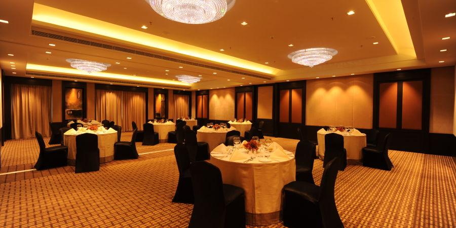 alt-text Banquet Halls near MG Road Bangalore 5, St Marks Hotel, Banquets