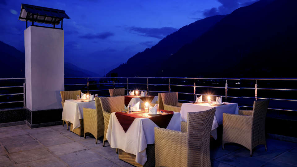 Rooftop Summit Chandertal Regency Hotel Spa Manali Hotels in Manali