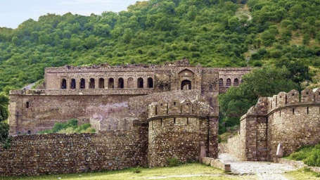 Nearby Attractions -Bhangarh Fort Excursion