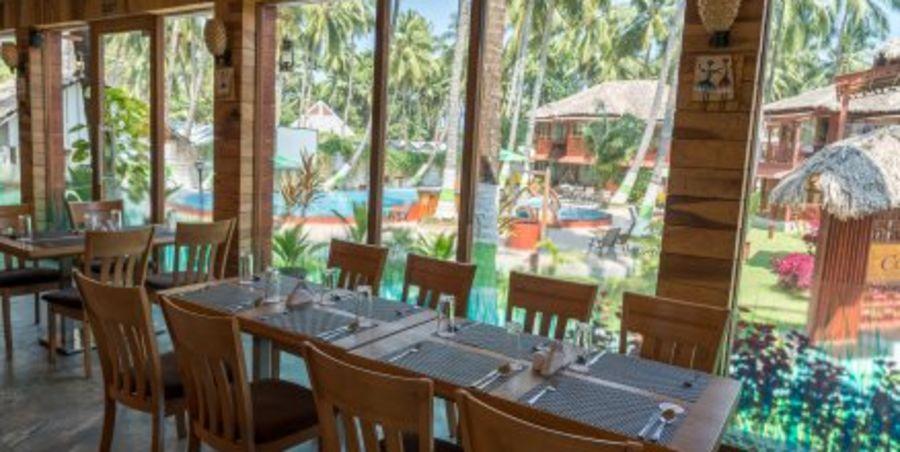 alt-text black lemon restaurant, coral reef resort, hotel in havelock 2