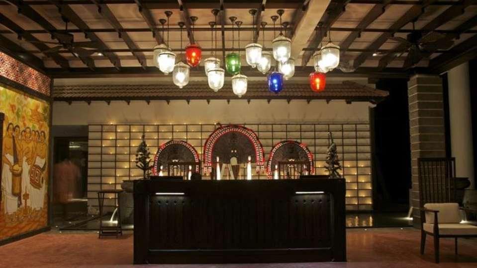 Lobby Vasundhara Sarovar Premiere Vayalar 11