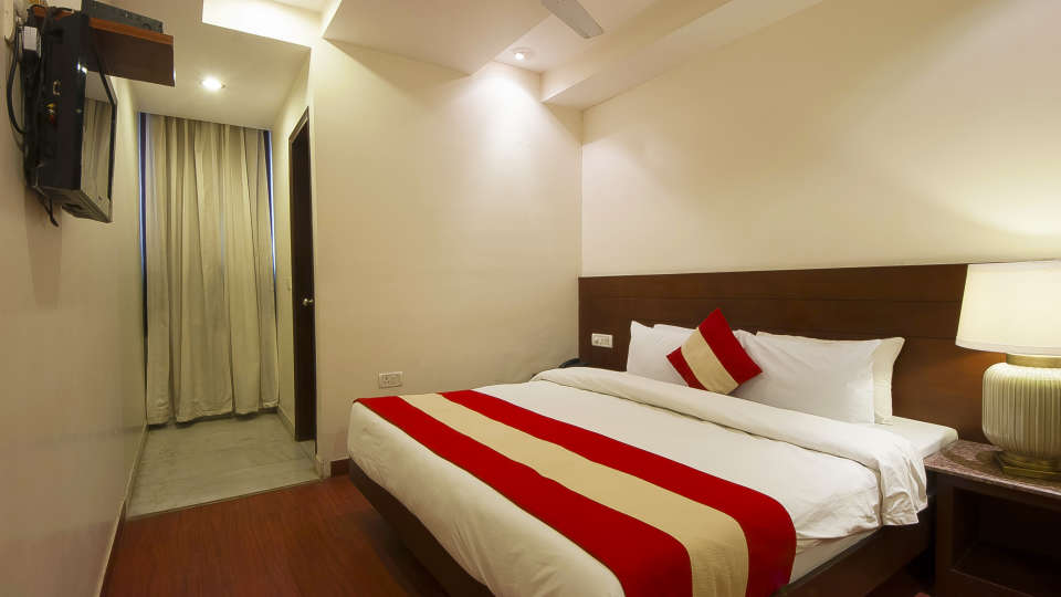 Hotel The Raj, New Delhi New Delhi Triple Room 2 Hotel The Raj New Delhi
