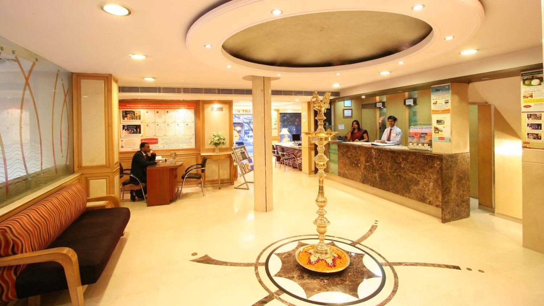 Lobby Hotel Southern New Delhi, Karol Bagh Hotel, Hotel Near New Delhi Railway Station