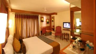 Executive Room Hotel Southern New Delhi