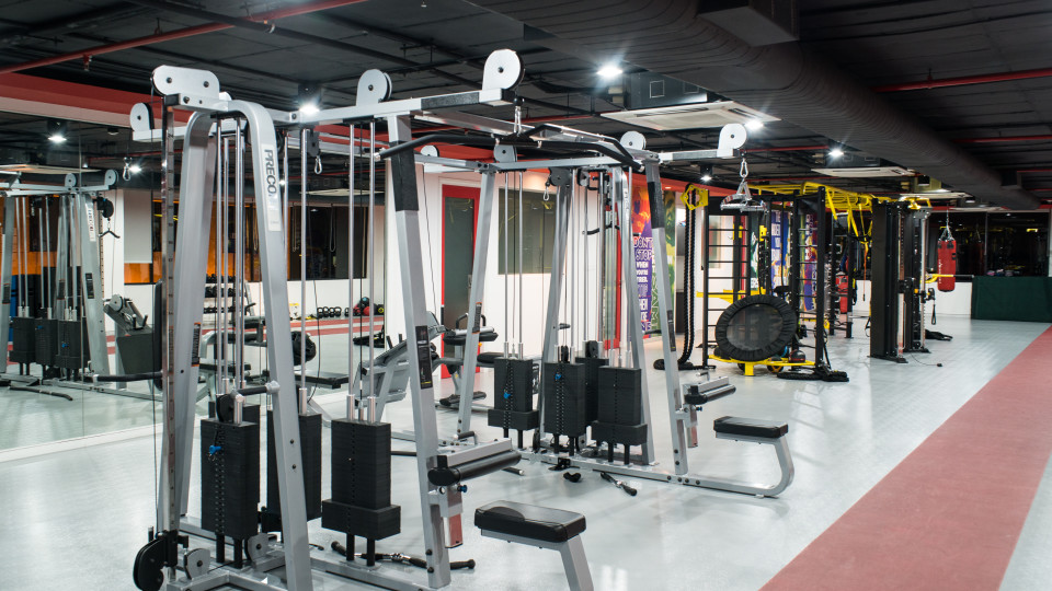 Gym Hotel Daspalla Hyderabad 6