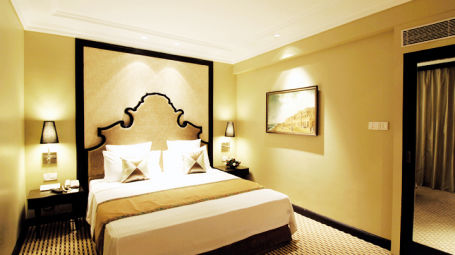 Rooms in Bangalore, St Marks Hotel, Suites