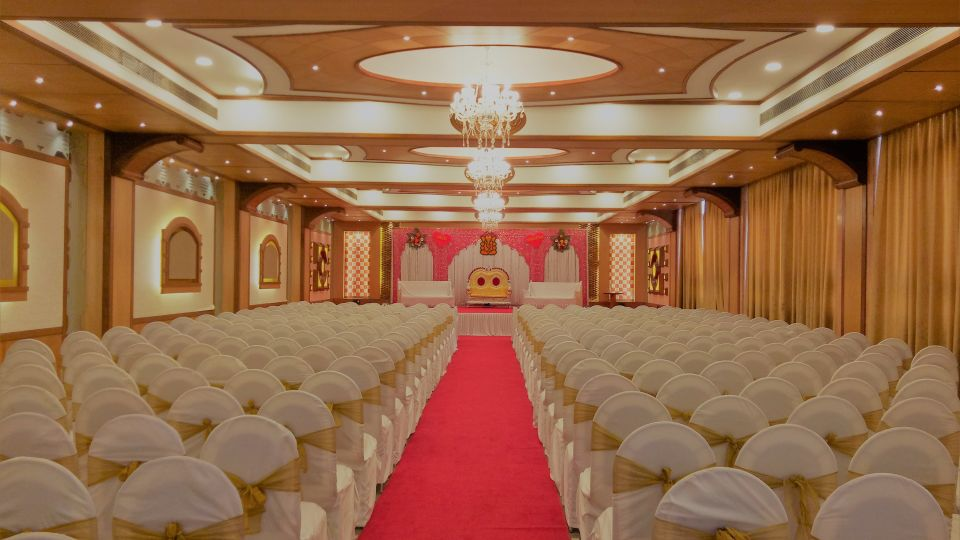 Banquet Hall at Kohinoor Lodge - Dadar Mumbai 16