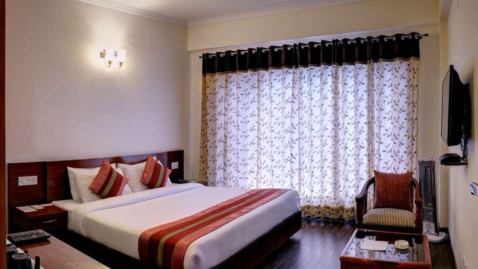 Deluxe Room at Summit Chandertal Regency Hotel Spa Manali 2