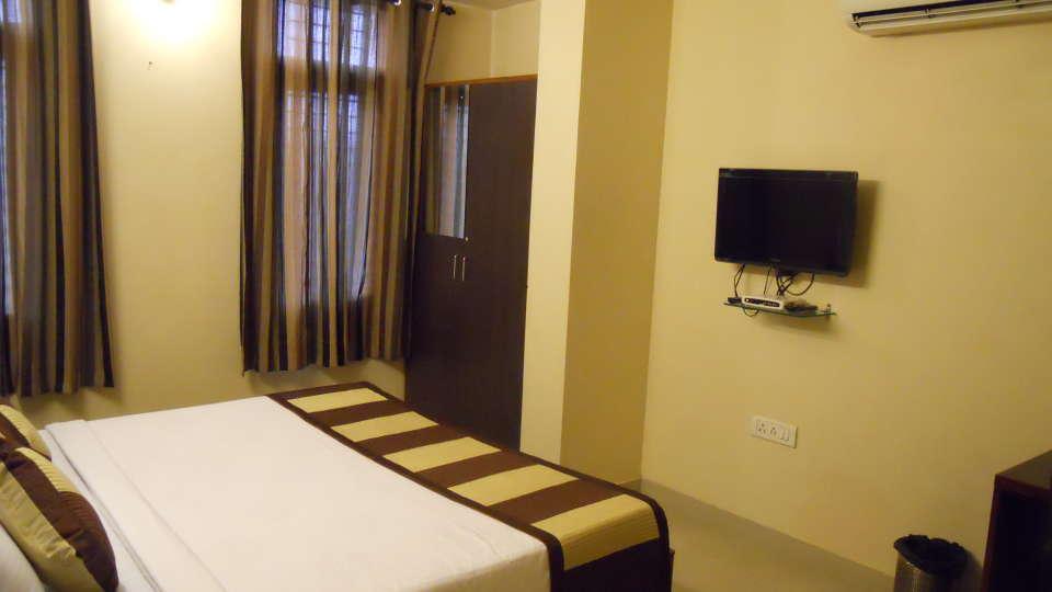 Jaipur Residences, Vaishali Nagar Jaipur Deluxe Room Hotel Jaipur Residences Vaishali Nagar 2