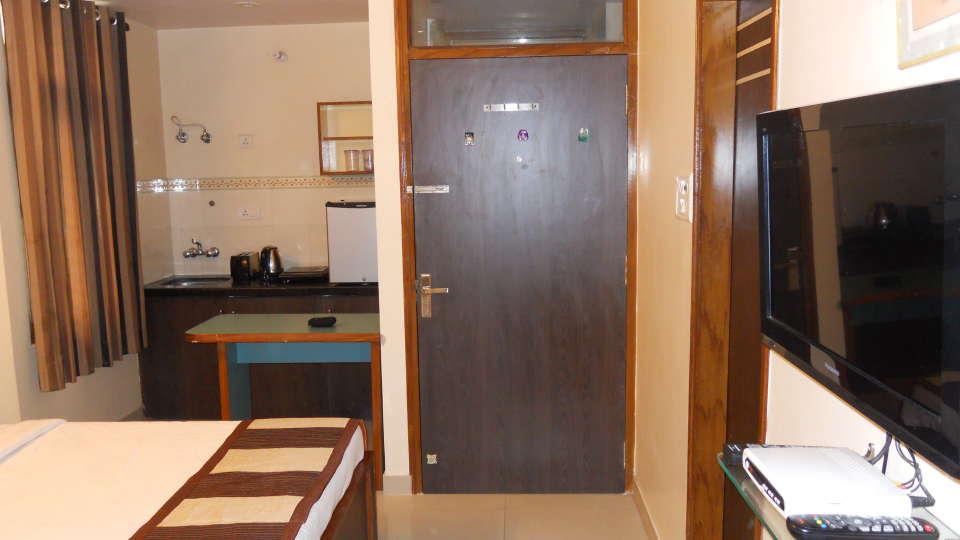 Jaipur Residences, Vaishali Nagar Jaipur Deluxe Room with Pantry Jaipur Residences Vaishali Nagar 2