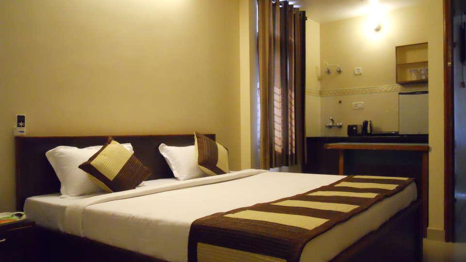 Jaipur Residences, Vaishali Nagar Jaipur Deluxe Room with Pantry Jaipur Residences Vaishali Nagar 3