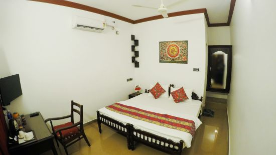 Stay in Cherai Hotel, Sapphire Club Cherai Beach Villa, Hotel In Cherai 1