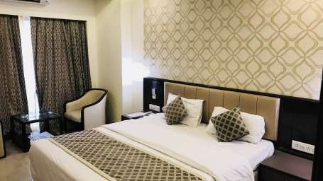 Rooms Kohinoor Executive Pune 18