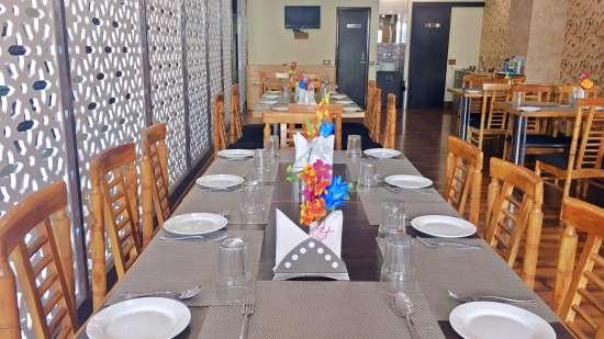 Punjabi Junction, Best Restaurant in Mirzapur, Hotel GenX Mirzapur