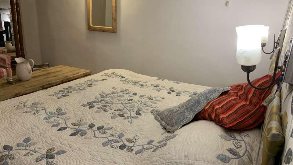 Deluxe Rooms 2 at 2, Bara Bungalow Jeolikote, budget hotel rooms in Nainital, hotel in Nainital
