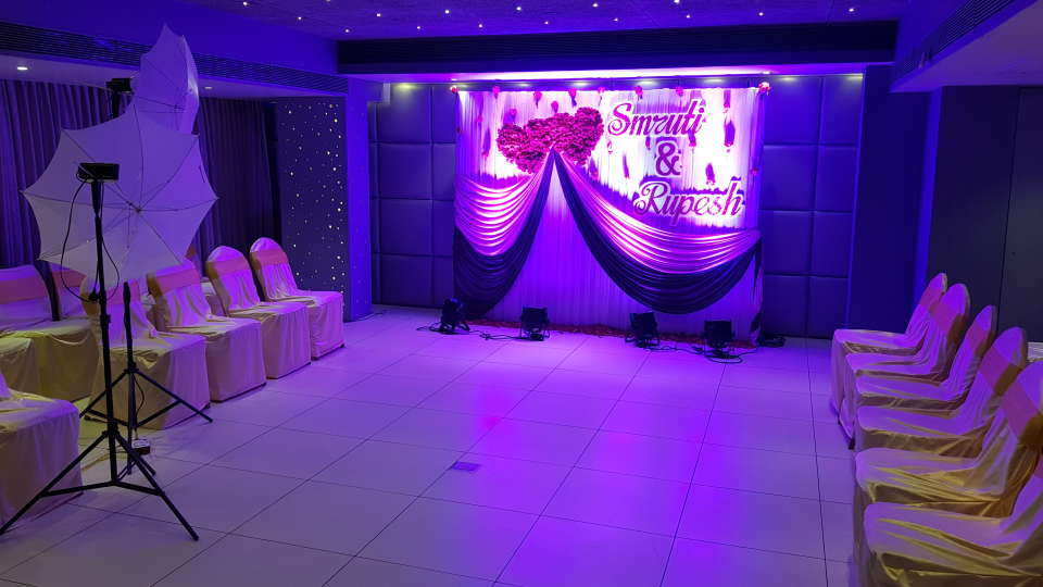 Banquet Halls in Andheri East, Dragonfly Hotel, Hotels in Andheri East