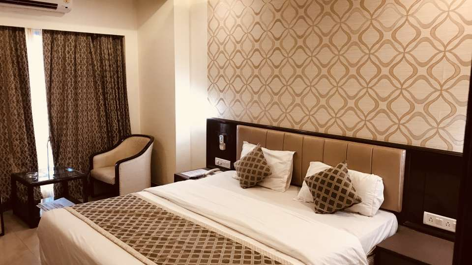 Rooms Kohinoor Executive Pune 17