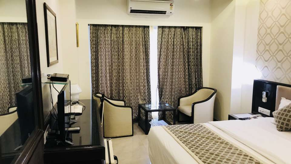 Rooms Kohinoor Executive Pune 19