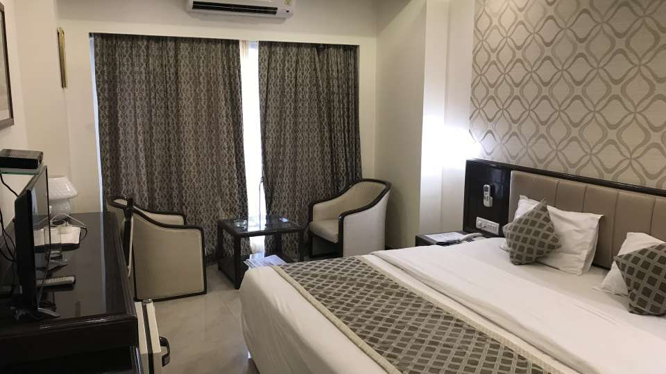 Rooms Kohinoor Executive Pune 4