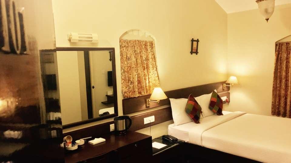 Mountain Retreat Resort in Ooty Hotel Room 3