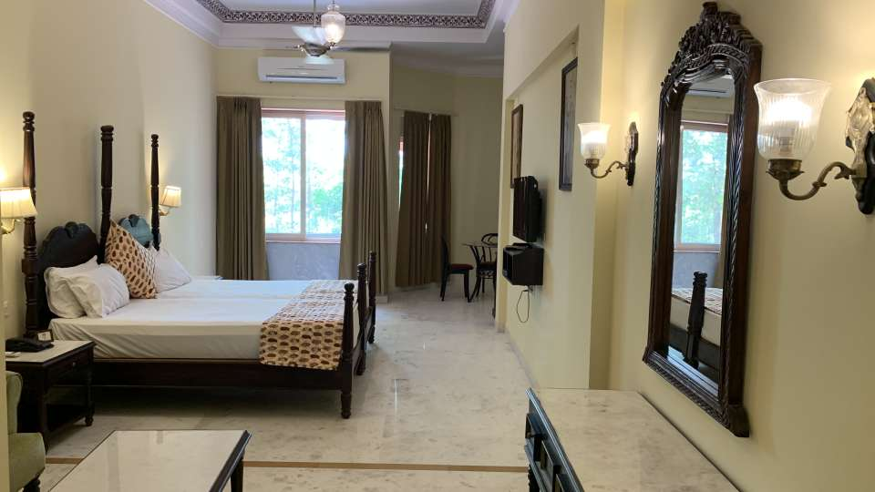 Room Type - Luxury Rooms -9