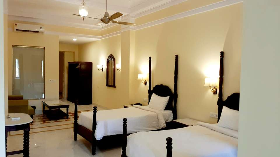 Room Type - Luxury Rooms - Twin Beds