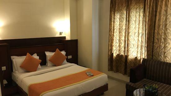 Super Deluxe Hotel Southern New Delhi 3,  Hotel Southern Karol Bagh, Rooms near Delhi Railway Station,  Karol Bagh Hotels