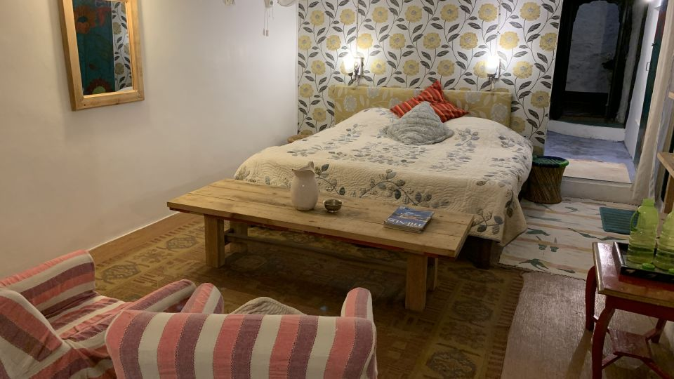 Deluxe Rooms 2 at 7, Bara Bungalow Jeolikote, Nainital budget hotel, hotel in Nainital