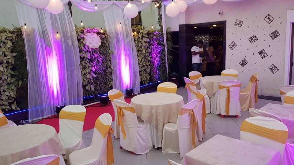 Rooms in Anderi East, Restaurant in Andheri, Dragonfly hotel in Andheri
