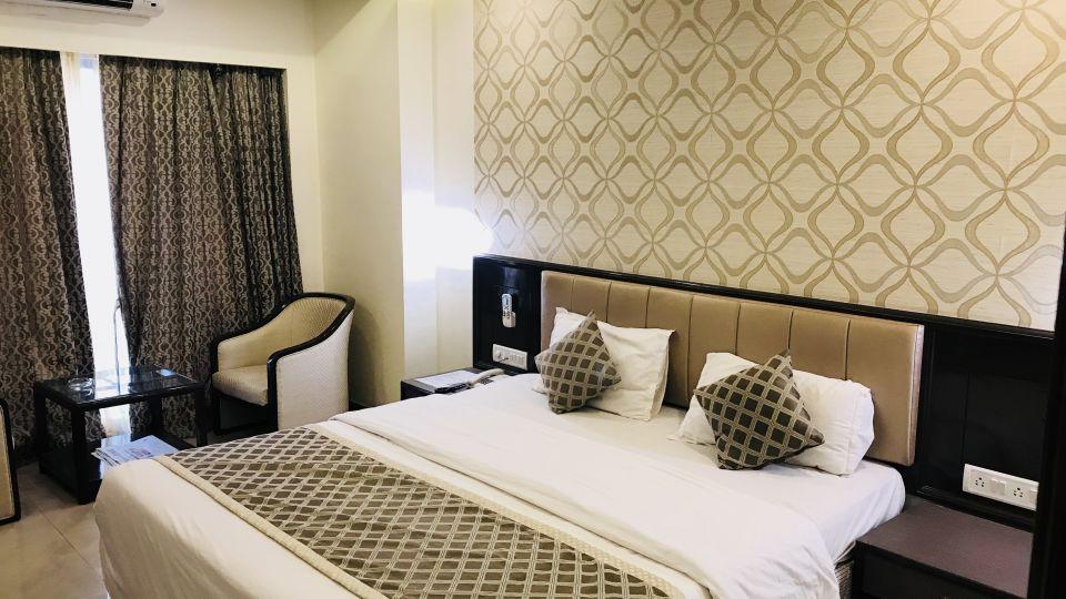 Rooms Kohinoor Executive Pune 18