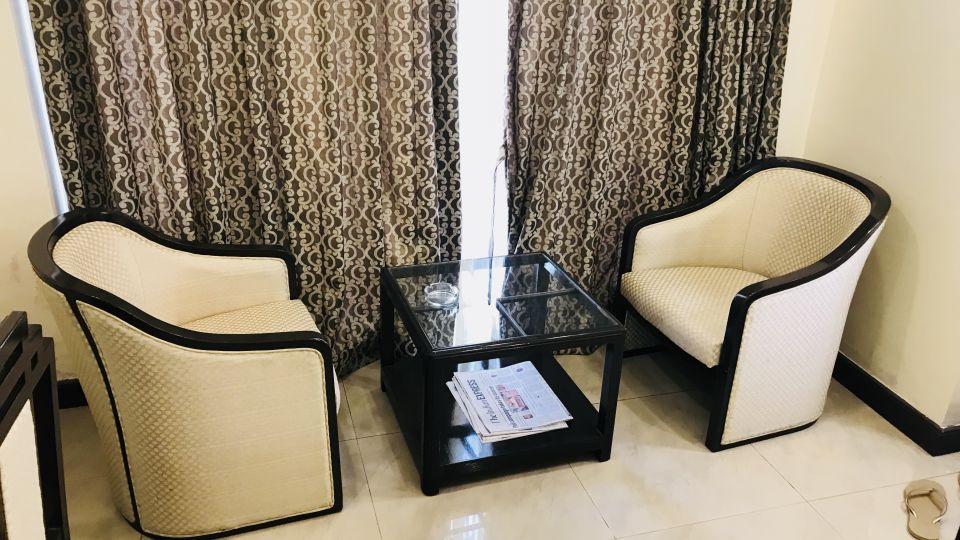 Rooms Kohinoor Executive Pune 1