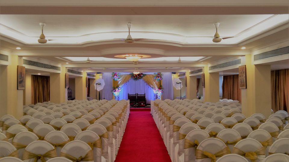 Banquet Hall at Kohinoor Lodge - Dadar Mumbai 13