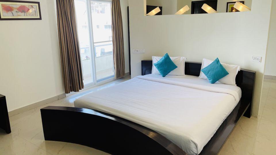 Premium Room with Balcony1