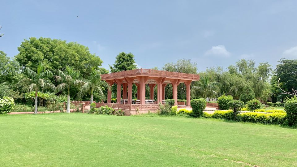 Baradari - Farm Lunch Mughal Lawns