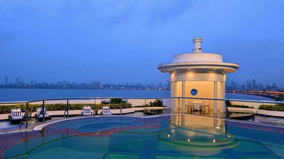 Pool Facade Hotel Marine Plaza Mumbai - Sarovar Hotels 1