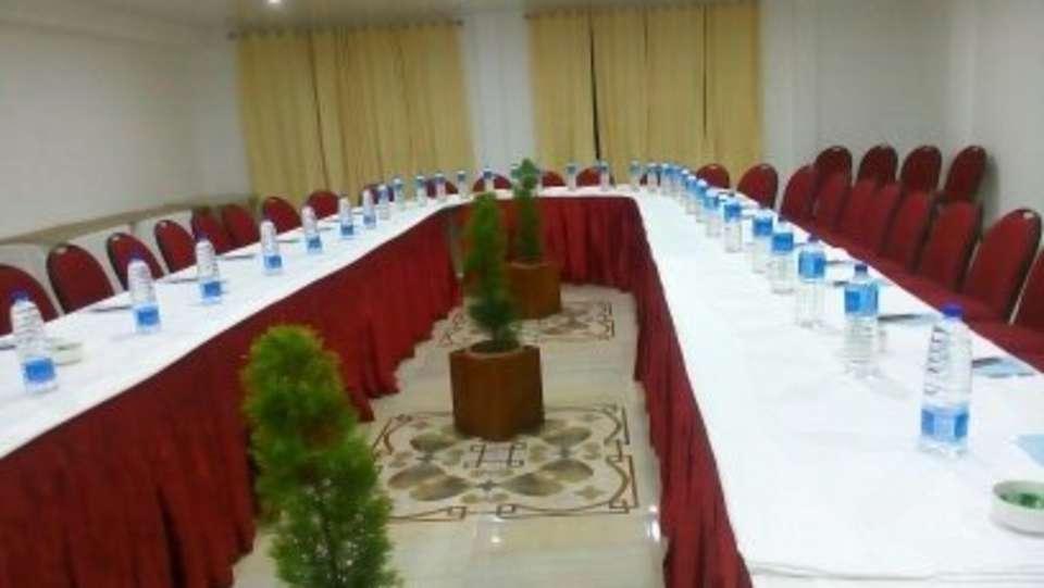 The Royal Oaks Hotel, Gangtok Gangtok Banquet Hall The Royal Oaks Hotel Gangtok