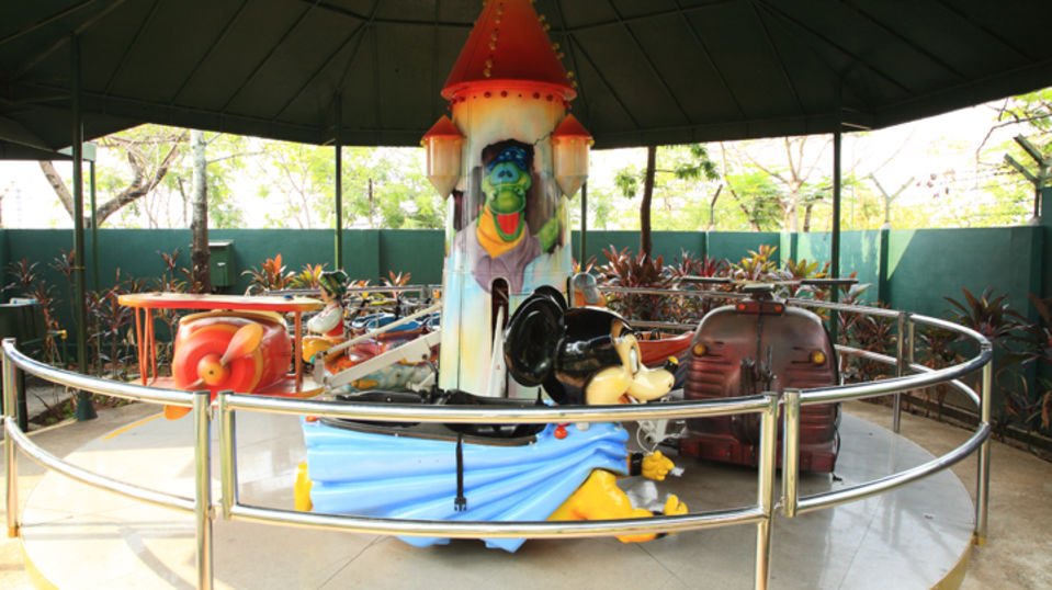 Kids Rides - Castle Jet at  Wonderla Kochi Amusement Park