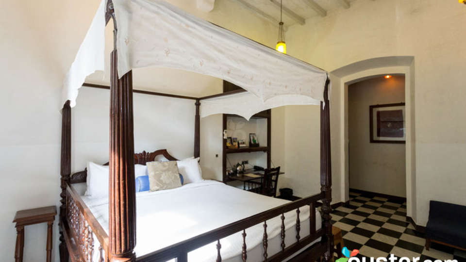 deluxe-room at Le Dupleix Pondicherry 2