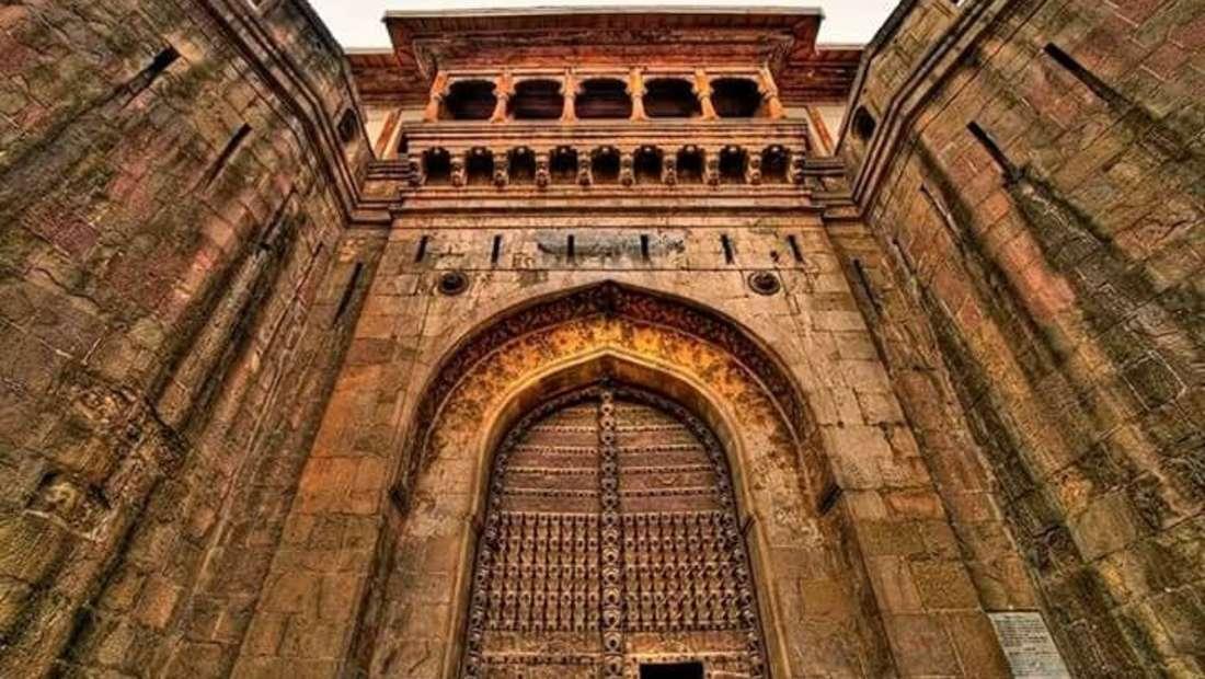 Shanivarwada Fort Fort JadhavGADH - Heritage Resort Near Pune