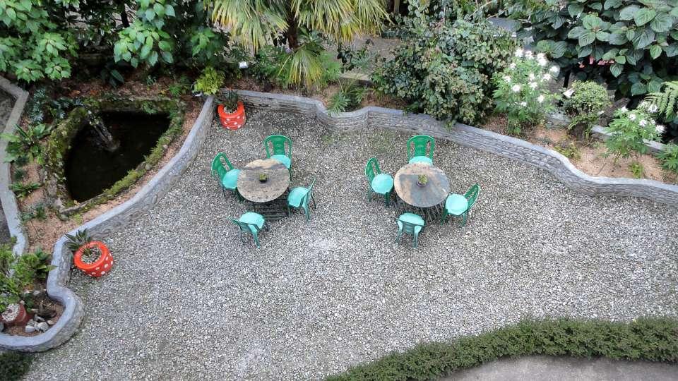 White Conch Residency, Gangtok Gangtok Lawn courtyard White Conch Residency Gangtok
